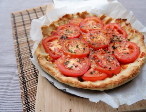 Tomatentaartje met bodem van amandelmeel en kwark